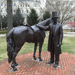lincoln-horse1